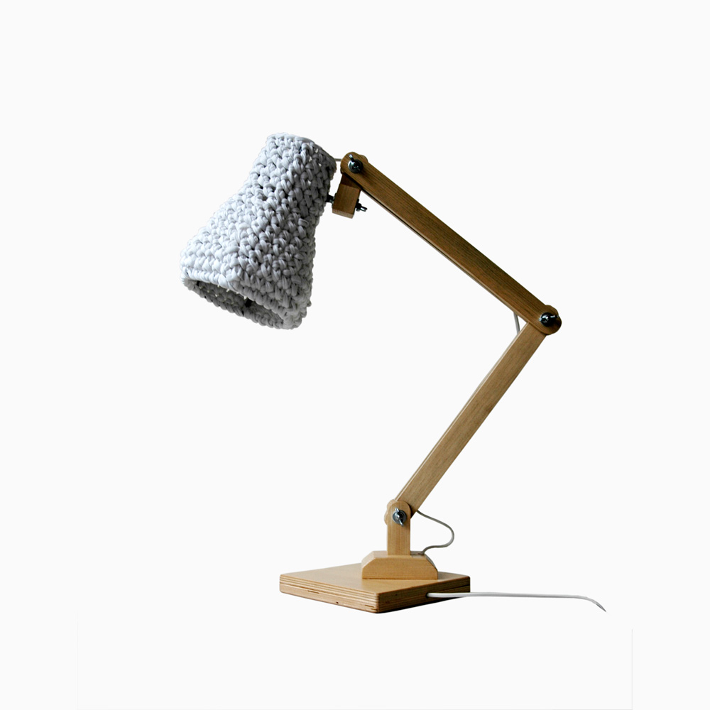 kuubo i wooden table lamp buubok. Black Bedroom Furniture Sets. Home Design Ideas